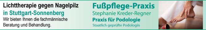 Fußpflege-Praxis-Kreder-Regner in Stuttgart-Sonnenberg-Medizinische Fußpflege und Podologin behandelt den Nagelpilz mit einer Lichttherapie